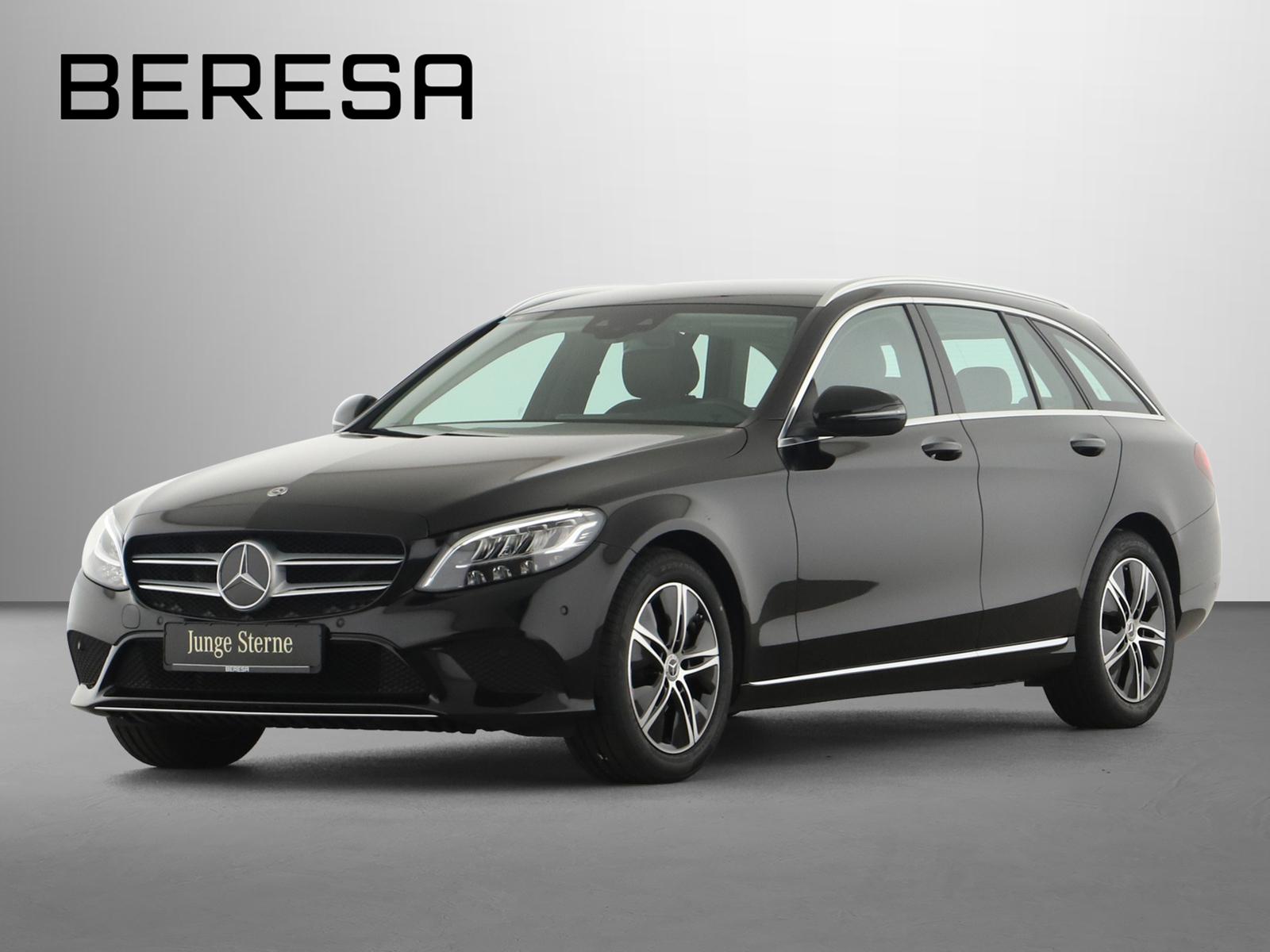 Mercedes-Benz C 200 d T Avantgarde Spur-P. LED AHK Kamera Navi, Jahr 2020, Diesel
