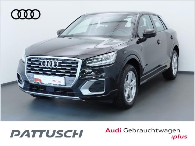 Audi Q2 35 TFSI S tronic Navi DAB AHZV LED, Jahr 2020, Benzin