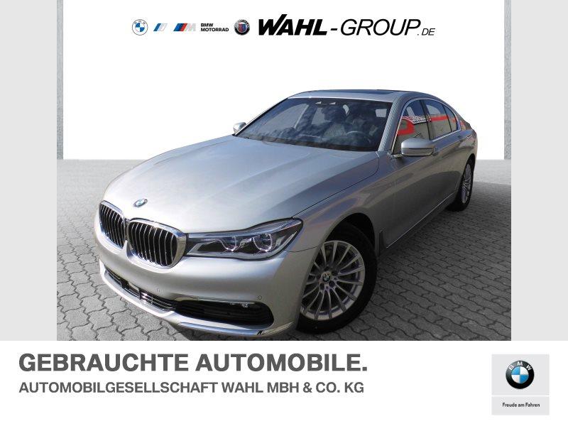 BMW 750i xDrive | Head-Up Laserlicht AHK, Jahr 2018, Benzin