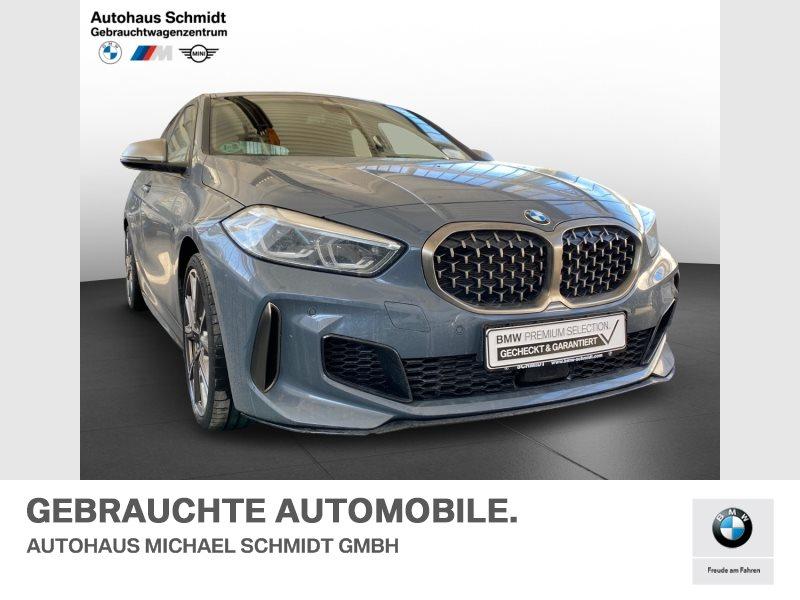 BMW M135i xDrive MEMORY+ACC+HEAD UP+HARMAN KARDON+, Jahr 2020, Benzin