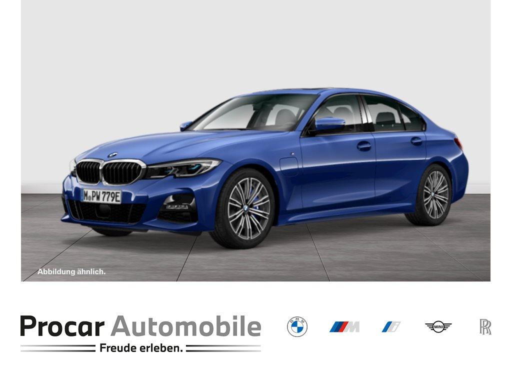 BMW 330e M Sport HuD DAB HiFi Pano Laser ParkAss DrivAssProf Memory, Jahr 2021, Hybrid