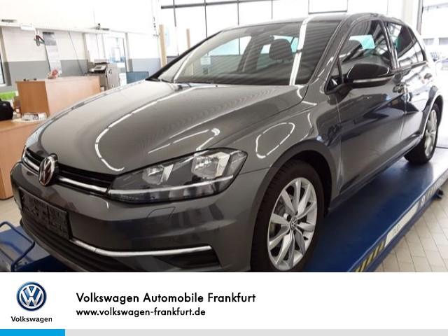 Volkswagen Golf VII 1.0 TSI IQ.DRIVE FrontAssist BlindSpot Anschlussgarantie Golf 1,0 CLBMT 85 TSI M6F, Jahr 2019, Benzin