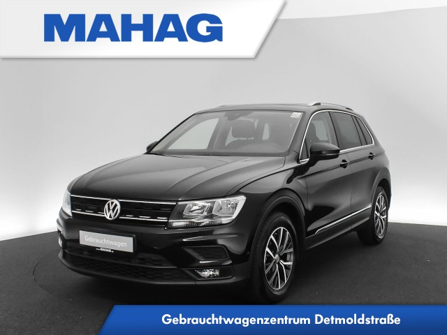 Volkswagen Tiguan 1.4 TSI ACT Comfortline Navi ergoActive Panorama eKlappe Kamera SideAssist 6-Gang, Jahr 2017, Benzin
