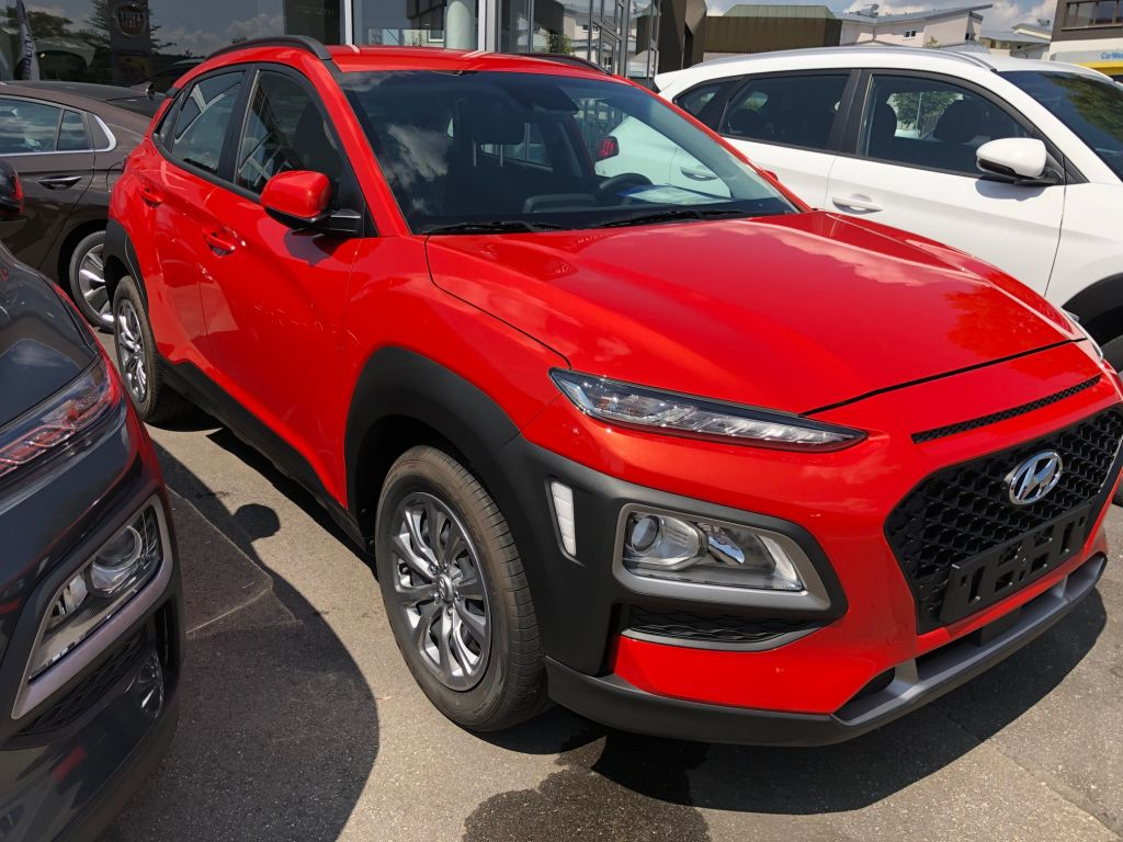 Hyundai Kona 1.0 T-GDI Select, Jahr 2018, petrol