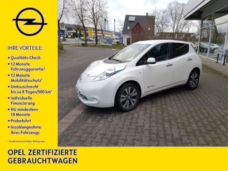 Nissan Leaf Tekna (mit Kauf-Batterie 24 kWh), Jahr 2014, Elektro