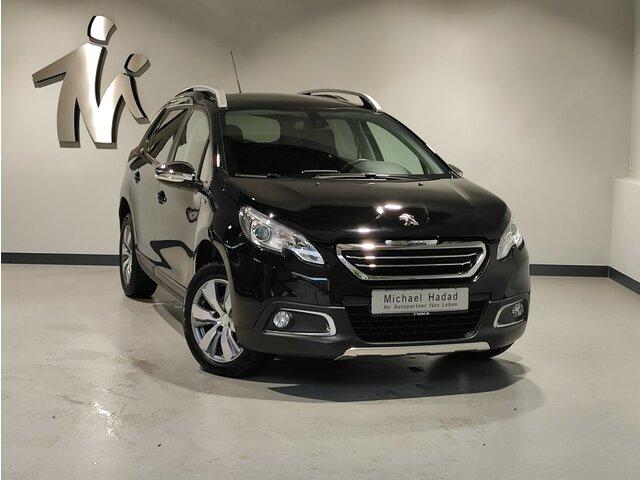 Peugeot 2008 1.2 Pure Tech 110 Style, Jahr 2015, Benzin