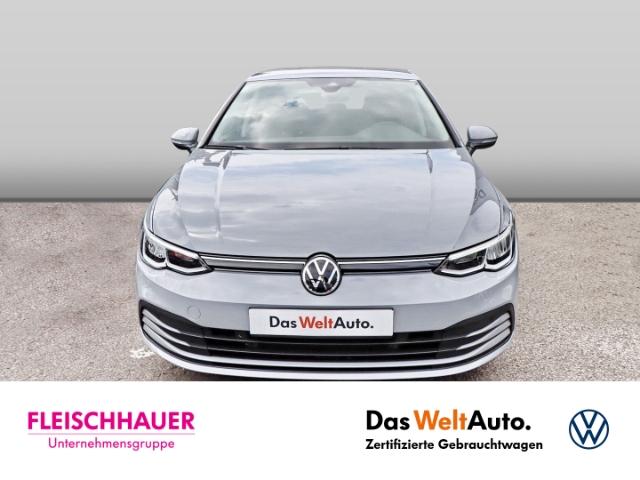 Volkswagen Golf VIII Basis 1.0 TSI EU6d-T LED KLIMA SHZ PDC, Jahr 2020, Benzin