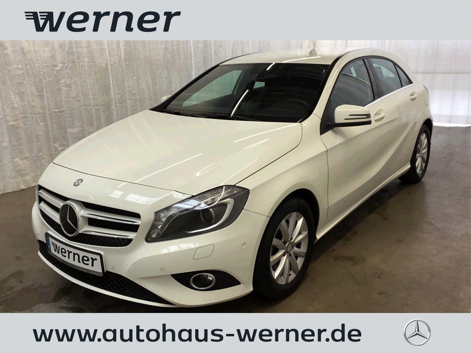 Mercedes-Benz A 180 Style+Bi-Xenon+Navi+Park+SHZ+Spiegelpaket+, Jahr 2014, Benzin