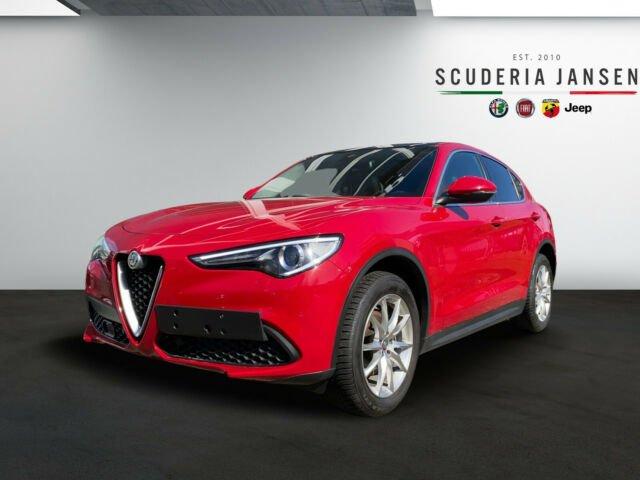 Alfa Romeo Stelvio 2.0l 16V Turbo Super | Schiebedach, Jahr 2019, Benzin