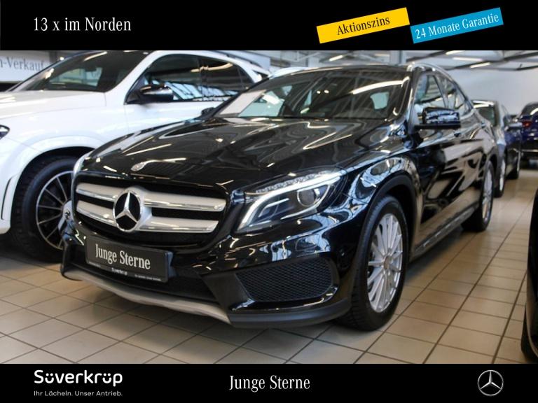 Mercedes-Benz GLA 180 AMG Line HARMAN KARDON+19' ALU+XENON+PDC, Jahr 2015, Benzin
