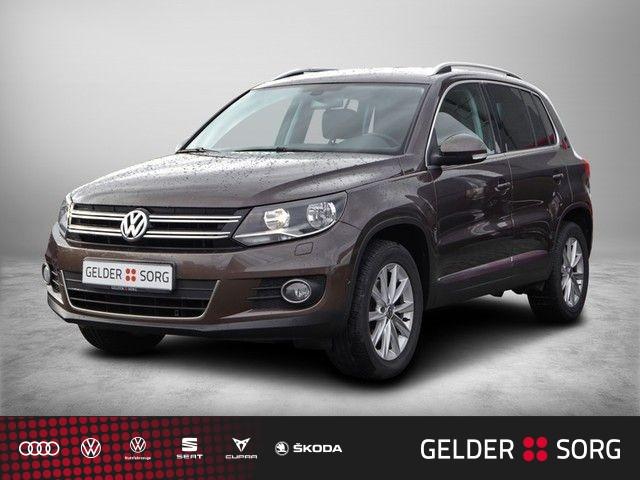 Volkswagen Tiguan 1.4 TSI Sport & Style ParkAssist*Sitzheizung*Tempomat, Jahr 2012, Benzin