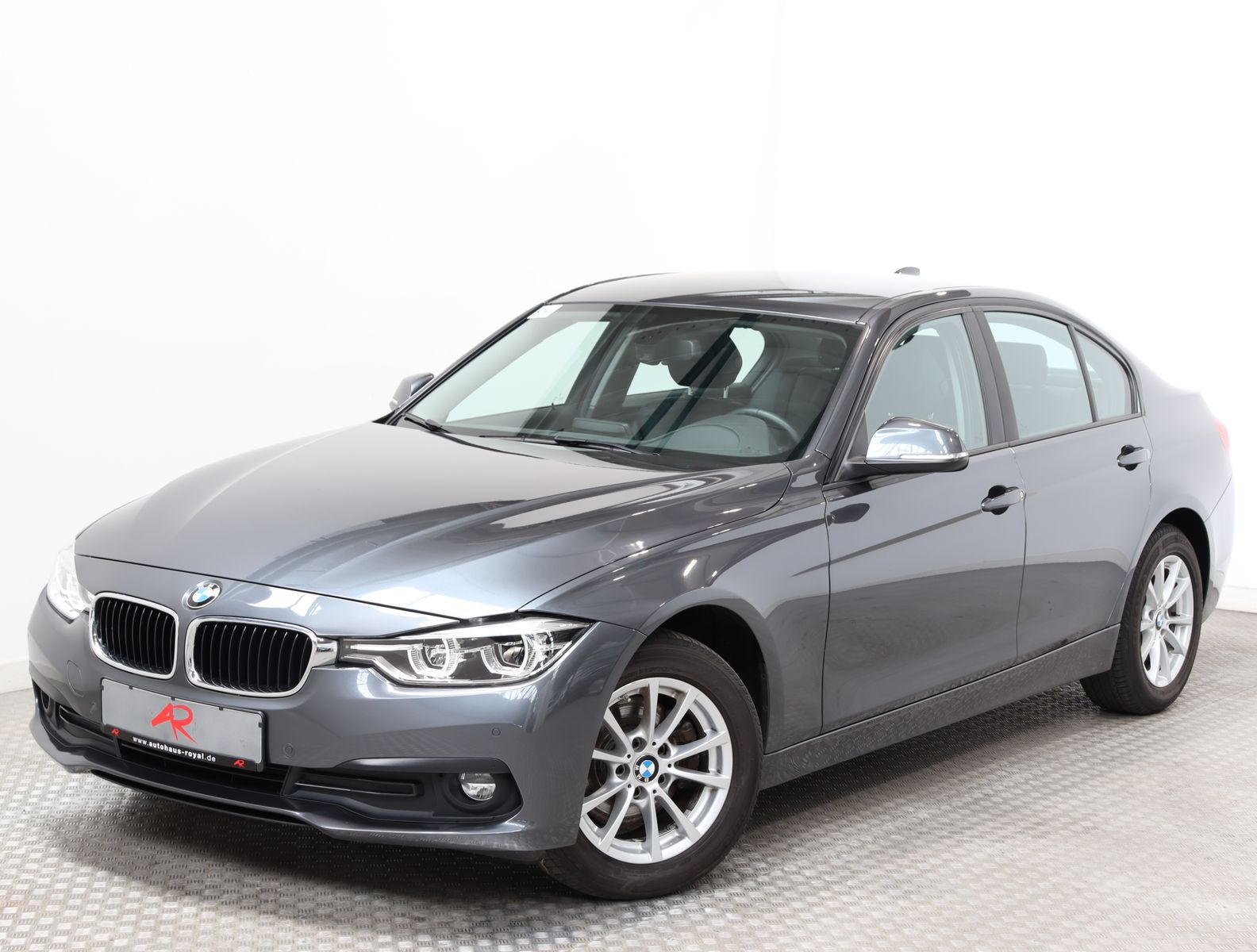 BMW 320 d xDrive VOLLLEDER,NAVIGATION,LED,FACELIFT, Jahr 2017, Diesel