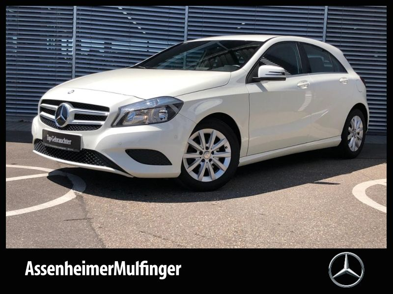Mercedes-Benz A 180 Style **Navi/Sitzheizung/Park-Assistent, Jahr 2013, Benzin