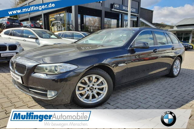 BMW 520d Tour. Xenon Pano PDC Online-Verkauf möglich, Jahr 2013, Diesel
