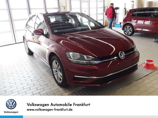 Volkswagen Golf VII 1.0 TSI Comfortline Climatronic Einparkhilfe Sitzheizung Anschlussgarantie Golf 1,0 CL BT085 TSIM6F, Jahr 2019, Benzin