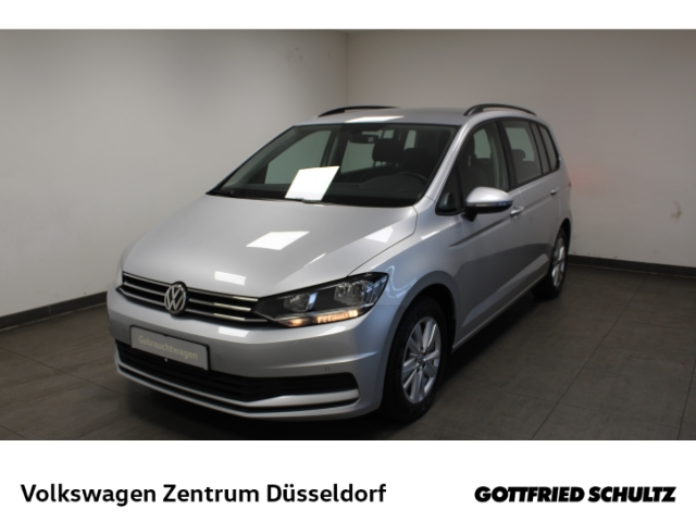 Volkswagen Touran Comfortline 1.5 TSI DSG 7Sitzer *AHK*Navi*ACC*PDC*Alu*, Jahr 2020, Benzin