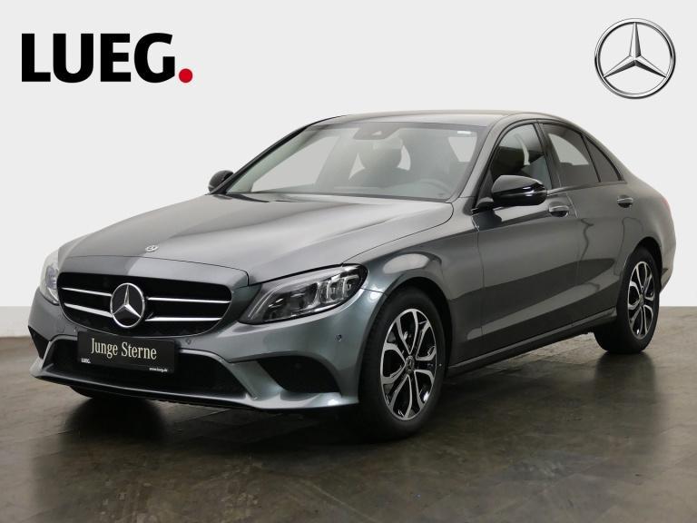 Mercedes-Benz C 180 Avantgarde+COM+Mbeam+AHK+Night+CarPl+RFK+, Jahr 2019, Benzin