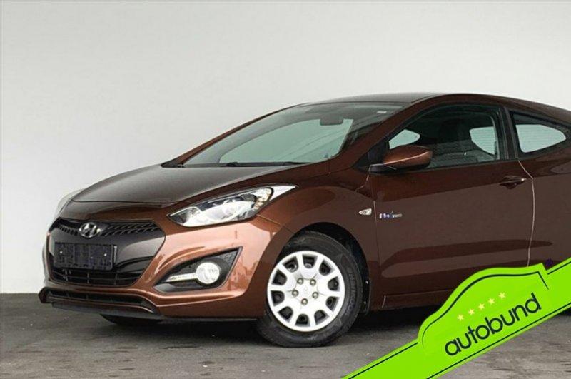 Hyundai i30 1,4 blue Drive Klima SHZ Garantie, Jahr 2014, Benzin