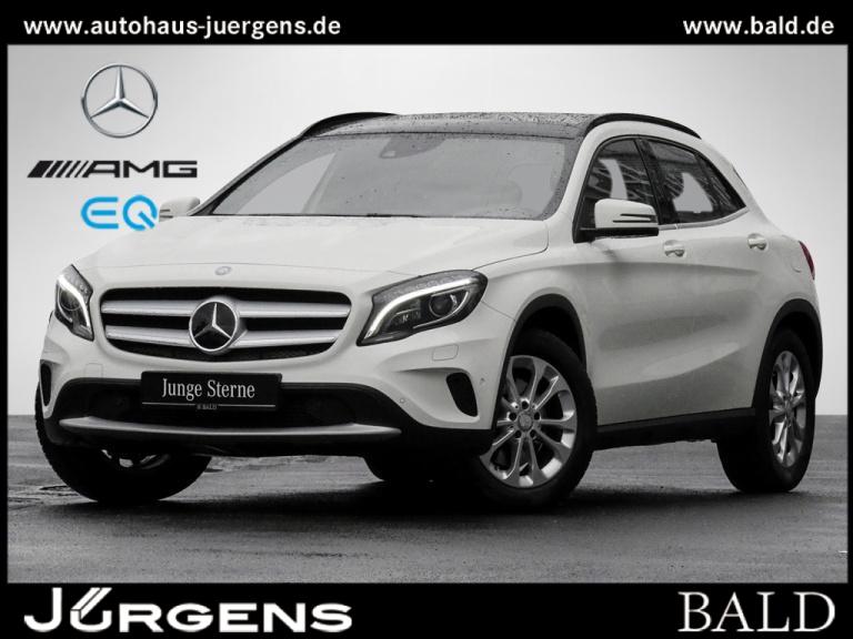 Mercedes-Benz GLA 250 4M Style/Comand/ILS/Pano/Distr/AHK/SHZ, Jahr 2015, Benzin