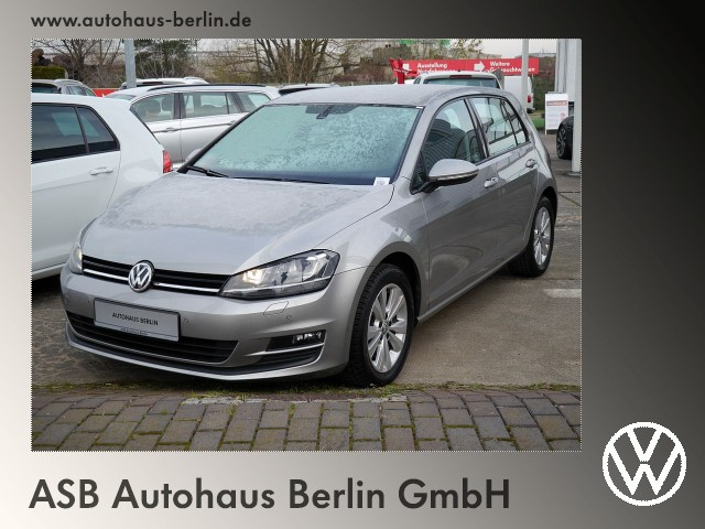 Volkswagen Golf 1,4 TSI Comfortline Xenon GRA PDC SHZ, Jahr 2015, Benzin