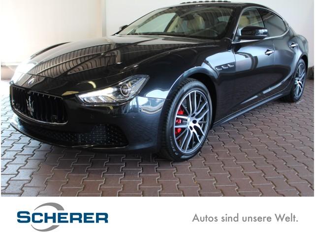 Maserati Ghibli SQ4 3.0 BT V6 4WD 410 HP, Jahr 2017, Benzin