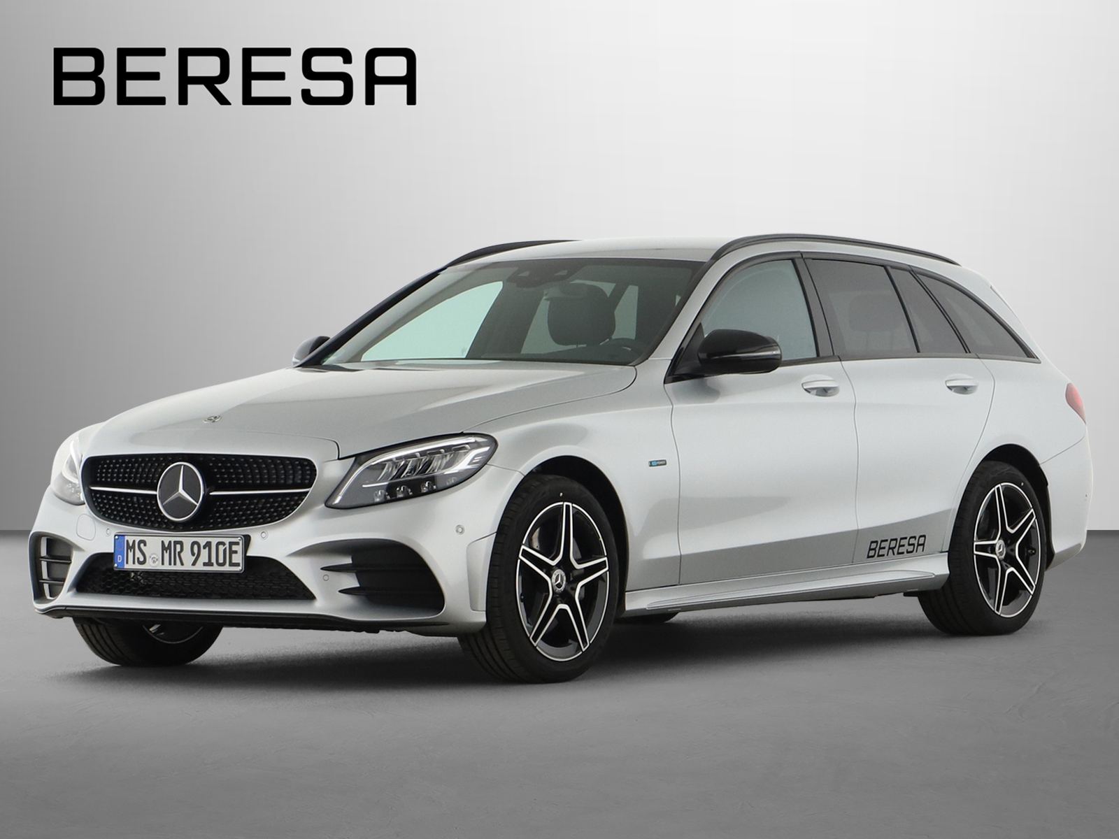 Mercedes-Benz C 300 e AMG Burmester Fahrassist. Night LED AHK, Jahr 2021, Hybrid