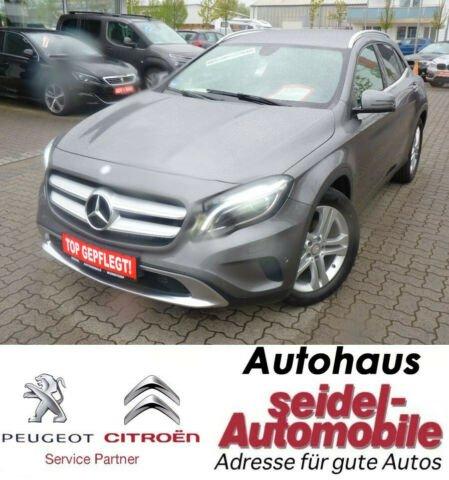Mercedes-Benz GLA 180 Urban, Navi, AHK, Klimatronic, Pakete, Jahr 2015, Benzin