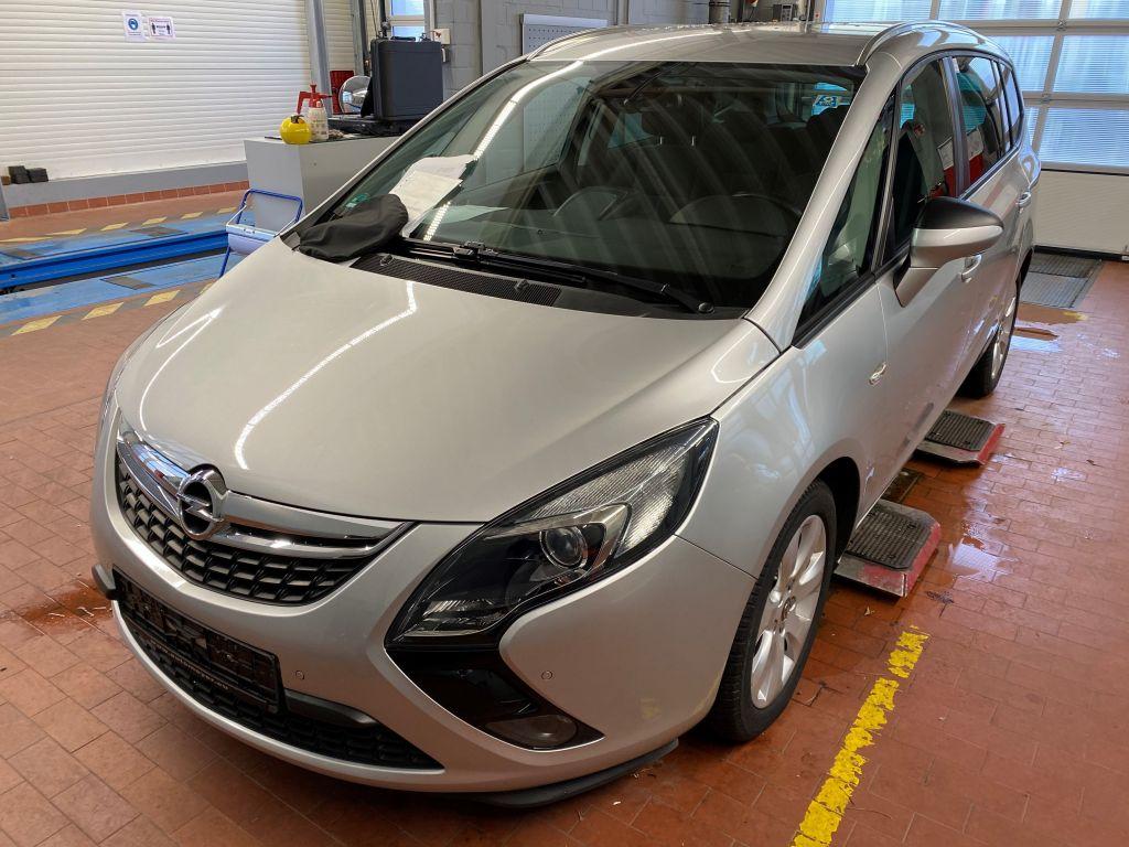 Opel Zafira Tourer 1.4 Turbo Style Navi 7-Sitzer RFK, Jahr 2015, Benzin