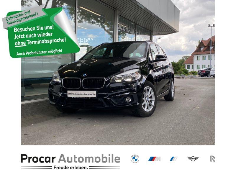 BMW 220i Active Tourer Advantage+Automatik+Navigation +Tempomat +Shz, Jahr 2018, Benzin