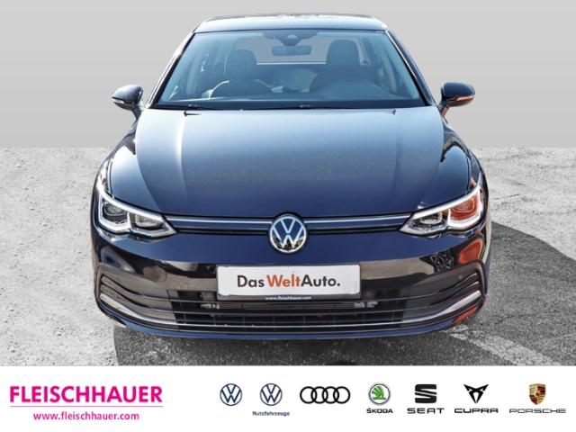 Volkswagen Golf VIII Style 1.5 TSI EU6d-T LED KLIMA PDC SHZ, Jahr 2020, Benzin