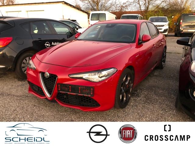Alfa Romeo Giulia Veloce Q4 2.2 JTDM Leder Navi Keyless El. Fondsitzverst. Rückfahrkam. Allrad, Jahr 2017, Diesel