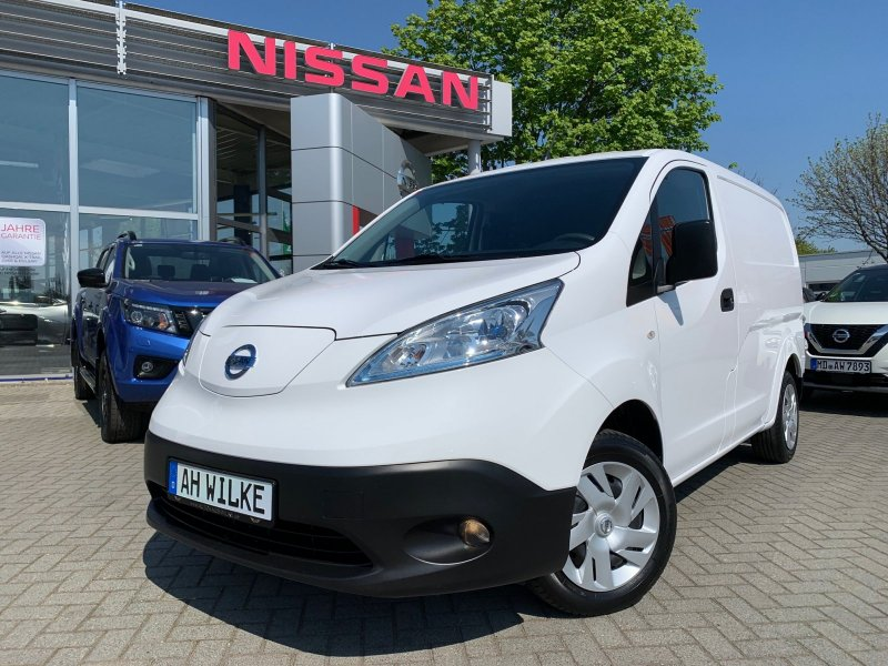 Nissan e-NV200 Pro+ inkl. Batterie 24kWh/NAVI/6,6KW/KAMERA/1.HAND, Jahr 2015, Elektro