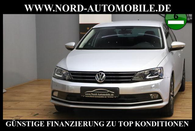 Volkswagen Jetta 1.4 TSI BMT*Navigation*Xenon*PDC*GRA* BMT, Jahr 2014, Benzin