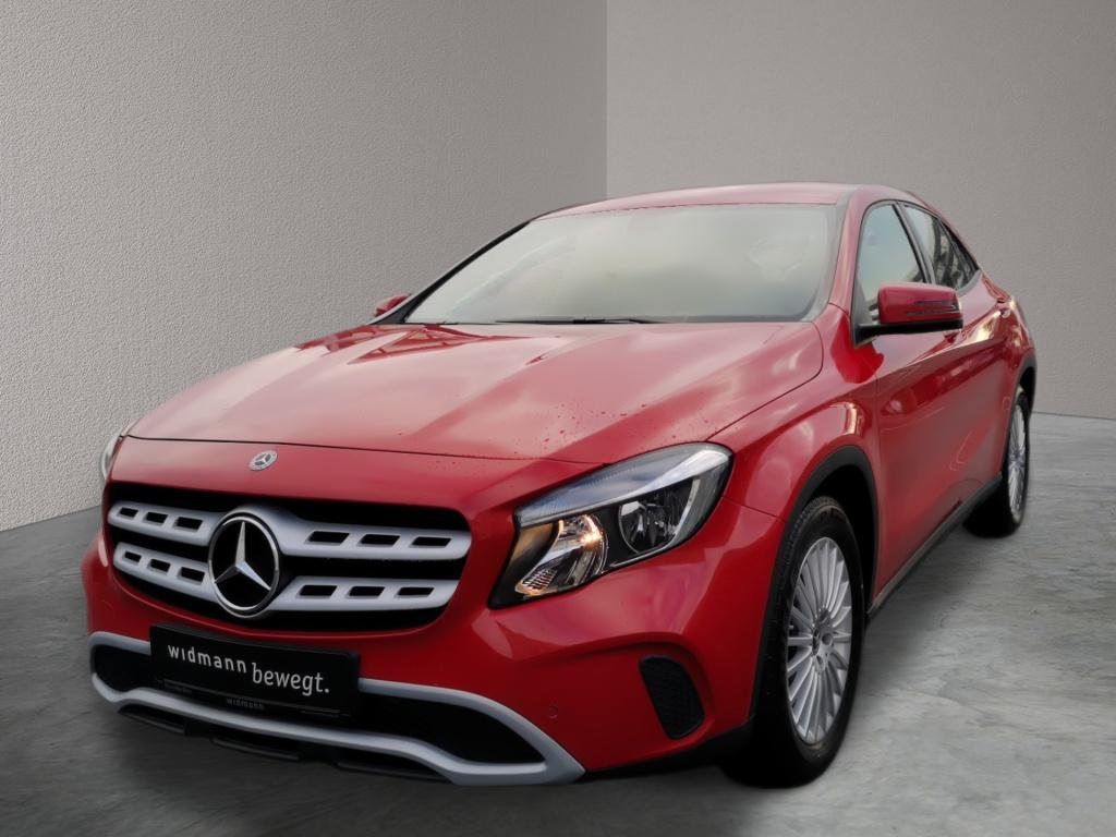 Mercedes-Benz GLA 180 d Navigation*PDC*Sitzheizung*Tempomat, Jahr 2017, Diesel