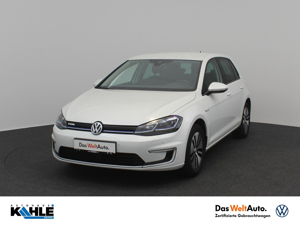 Volkswagen Golf VII e-Golf Navi LED Klima SItzheizung, Jahr 2018, Elektro