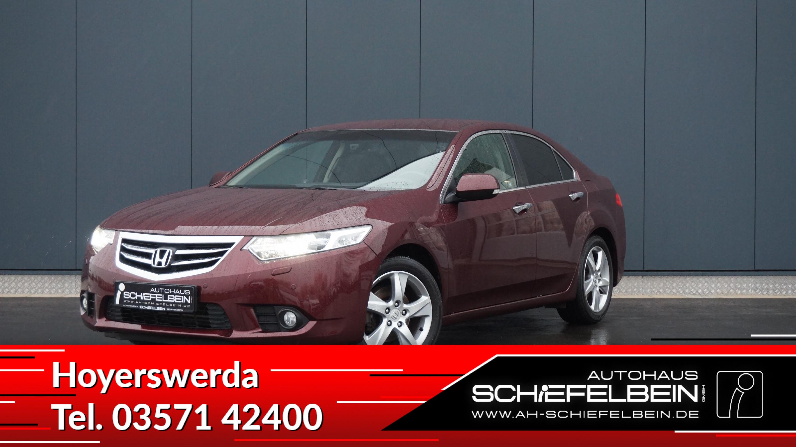 Honda Accord 2,0 Lifestyle-PDC*SHZ*Xenon*, Jahr 2012, petrol