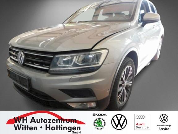 Volkswagen Tiguan 2.0 TDI 4Motion DSG COMFORTLINE NAVI AHK REARVIEW LED ACC, Jahr 2016, Diesel