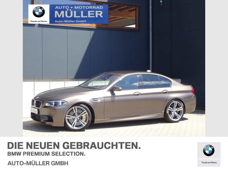 BMW M5 Limousine Night Vision M Drivers P. Head-Up, Jahr 2016, Benzin
