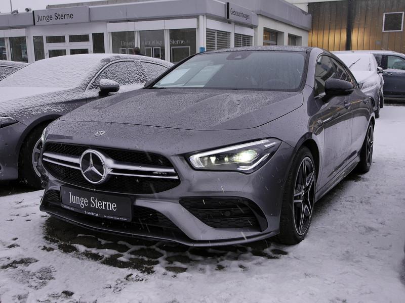 Mercedes-Benz AMG CLA 35 4M SB, Jahr 2019, Benzin