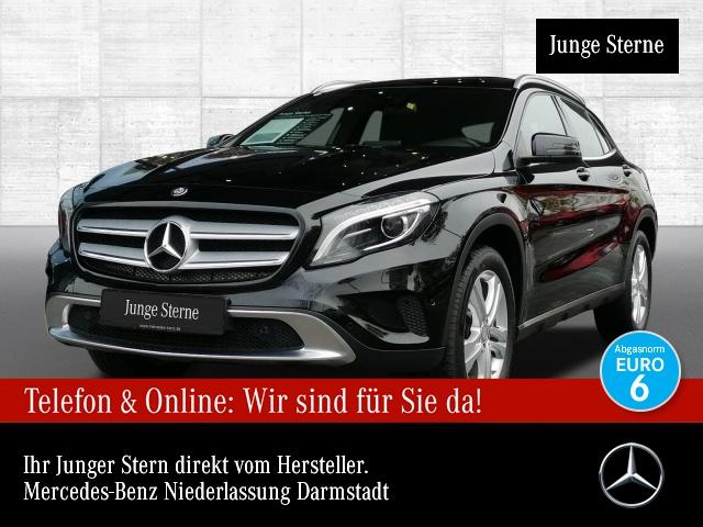 Mercedes-Benz GLA 180 Urban Xenon PTS Sitzh Sitzkomfort Remote, Jahr 2016, Benzin