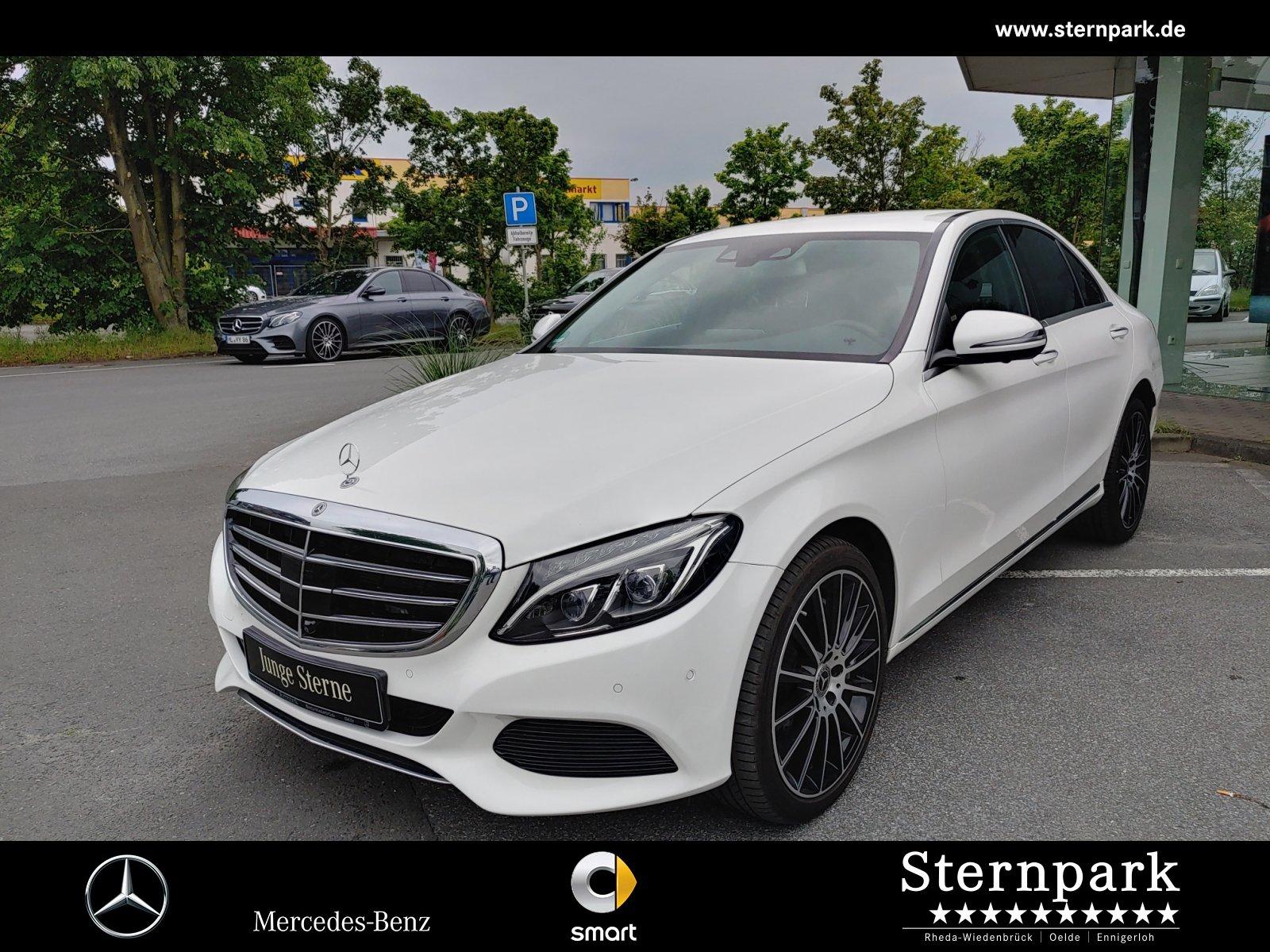 Mercedes-Benz C 400 4MATIC +DISTR.+/COMAND+360°+ILS+ Autom., Jahr 2017, Benzin