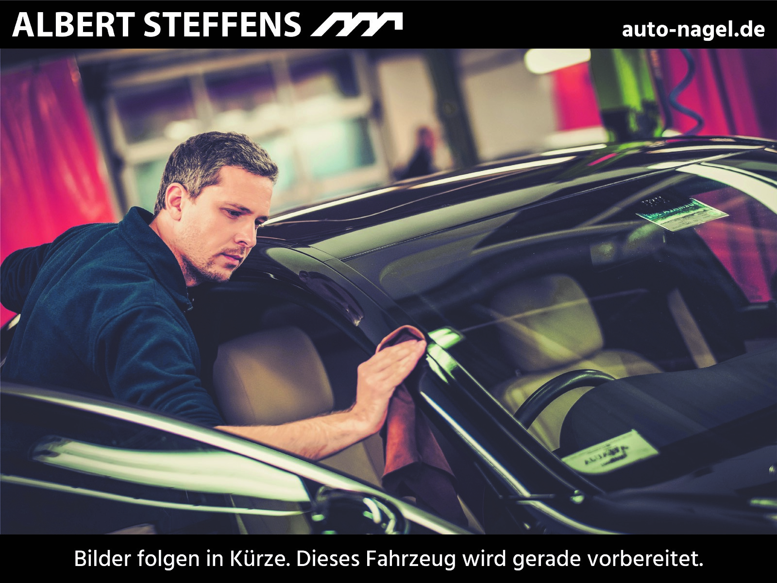 Mercedes-Benz SLK 350 AMG HarmanKardon+Ambiente+Xenon+PTS+SHZ+, Jahr 2015, Benzin