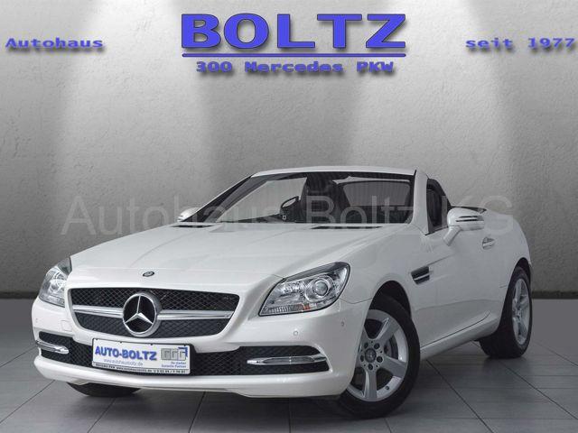Mercedes-Benz SLK 200 BE Pano designo Navi PTS Leder Sitzh., Jahr 2014, Benzin