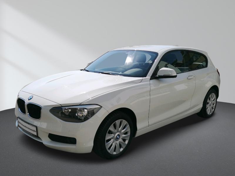 BMW 116i Lederlenkrad, Jahr 2013, Benzin