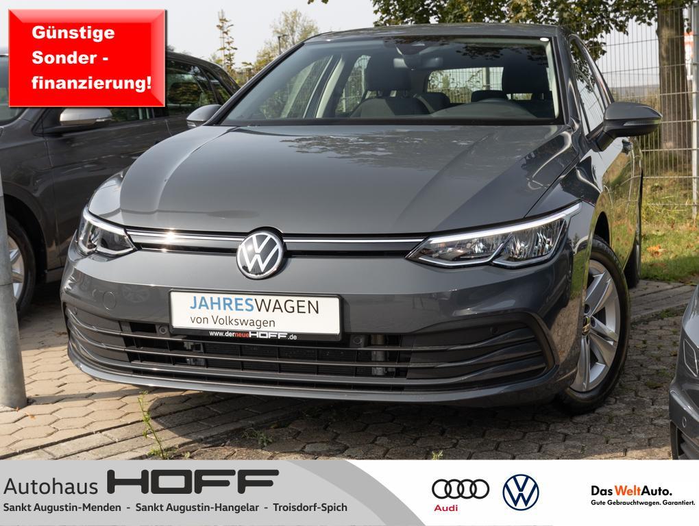 Volkswagen Golf VIII 1.5 TSI NaviPro Ganzjahresreif ACC APP, Jahr 2020, Benzin