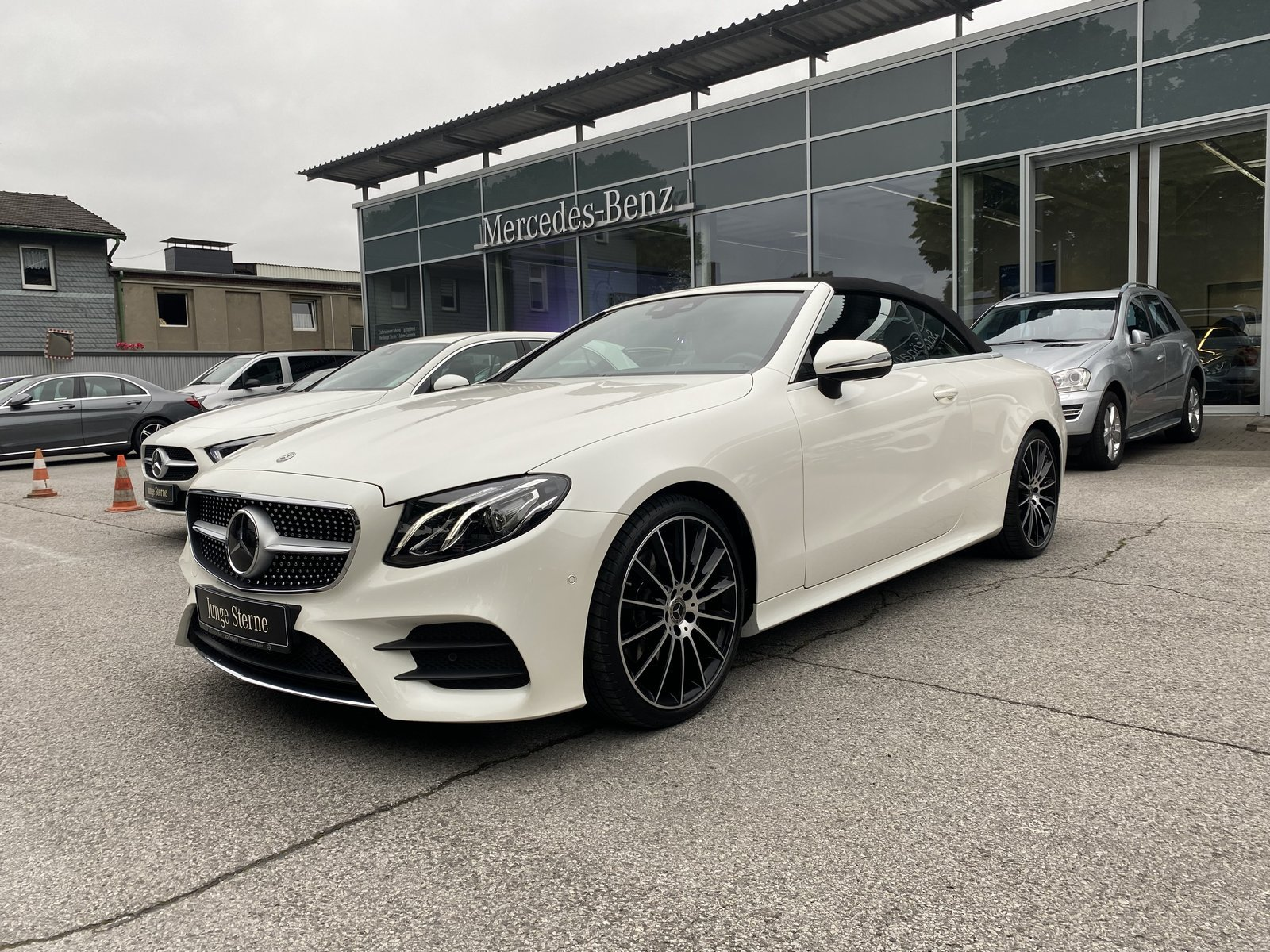 "Mercedes-Benz E 200 Cabriolet AMG+20""+HUD+DISTRONIC+COMAND+LED, Jahr 2018, petrol"