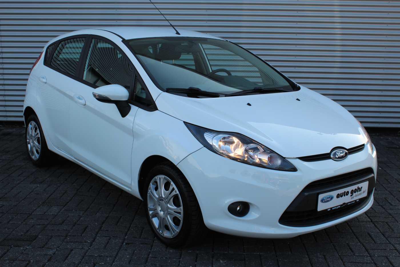 Ford Fiesta 1.25l Trend 5 Türen *KLIMA*BLUETOOTH*, Jahr 2012, petrol