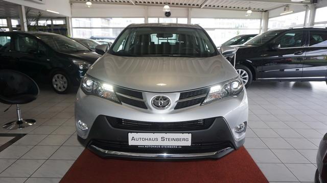 Toyota RAV 4 AUTOMATIK+NAVIGATION+RÜCKFAHRKAMERA+ALLRAD, Jahr 2015, Benzin