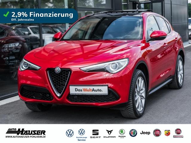 Alfa Romeo Stelvio Super 2.0 Turbo AT8 Q4 PANO LEDER NAVI 8,8, Jahr 2020, Benzin
