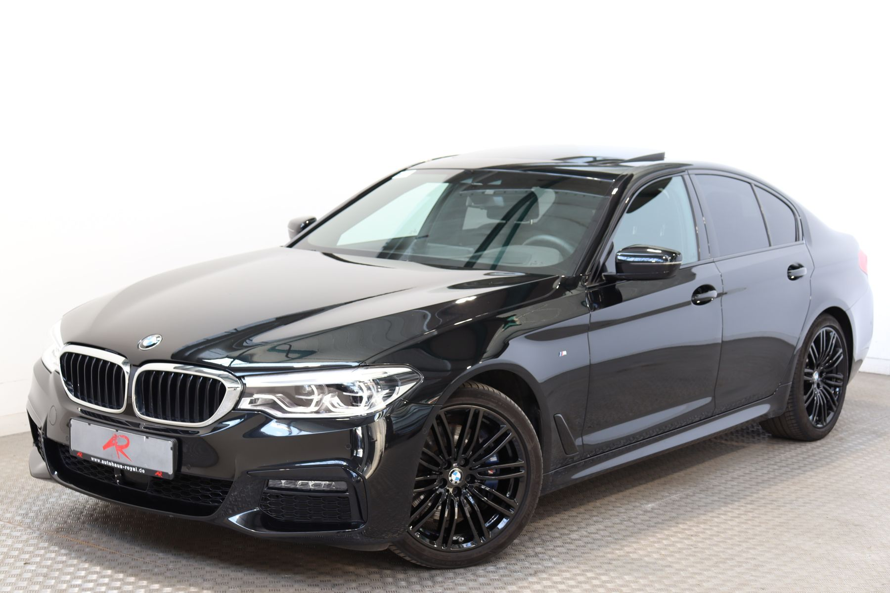 BMW 530 i M SPORT LIVE-COCKPIT-PRO,HUD,AHK,SITZKLIMA, Jahr 2019, Benzin